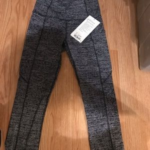 BRAND NEW Lululemon Fast and Free Crop